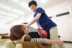 「骨盤矯正」×「姿勢矯正」×「筋肉アプローチ」